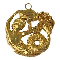 David Webb 18K Yellow Gold Aquarius Zodiac Sign Pendant Brooch