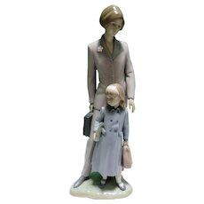 "Retired Lladro Figurine On Our Way Mother And Daughter 13"" Figure With Box"