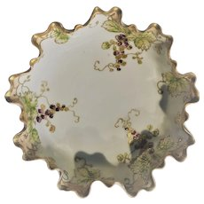Nippon Grape Ruffled Bowl 1915-1921