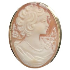 Awesome Shell Cameo Pin/Pendant 14K Yellow Gold