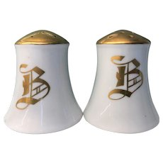 B in Gold Salt and Pepper