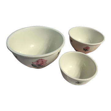 Rhythm Rose nesting bowl set by Homer  Laughlin ca. 1941 -1945