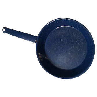 1970's Cobalt Blue and white granite frying pan