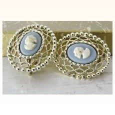 Sarah Coventry Cameo Lace clip Earrings