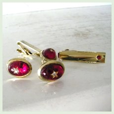 4 Piece Parkway Cufflinks Set Red Star Cabochons and Rhinestones