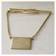Labrador Dog Goldtone Tie Bar with chain