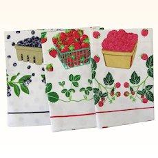 Three MINT Vintage Tea Towels Strawberry Blueberry Raspberry Lillian Vernon 1984
