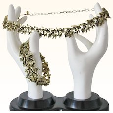 Classic Gold Tone Leaves Necklace and Bracelet Set