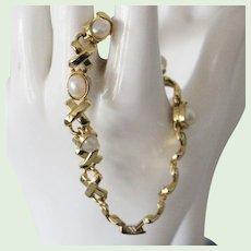 Faux Pearl Goldtone Bracelet 7 inch