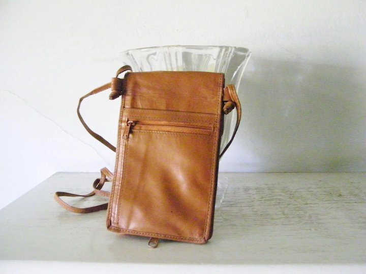 10acd8937233 Cordovan leather cross body purse many compartments   Kitchengarden ...