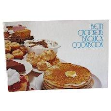 Betty Crocker's Bisquick Cookbook Three Ring ... like new