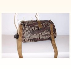 Vintage clamshell Shoulder Bag Convertible to Clutch