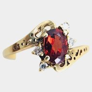 Vintage 14k Gold Garnet & Diamonds Ring Size 6.5 2g