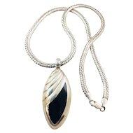 Vintage Mexico Sterling Silver 925 Onyx Pendant Milor Diamond Cut Omega Chain Necklace