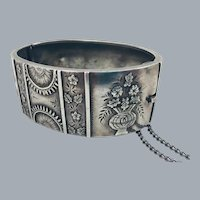 Antique Victorian c.1882 Sterling Silver Repousse Floral Bangle Bracelet Hallmarked