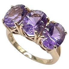14k Gold Amethyst Triple Stone Ring Designer Size 7 Beautiful