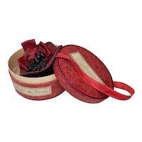 Splendid French poupée hat and hat box!