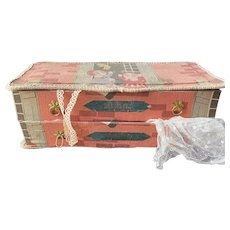 Funny antique French sewing box for lace and veil 1920's