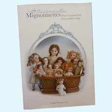 """Bilingual book """"Mesdemoiselles Mignonnettes from yesterday to today"""" by Agathe Philip, translated by Vanessa Brunel."""