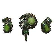 Juliana Elegant Emerald Green Japaned Givre' Glass Brooch/Earrings