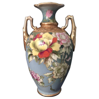 "Antique Nippon ""Morimura"" Vase circa 1911 w/ high gold relief"