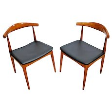 Matching Side Accent Chairs Mid-century Modern MCM Solid Walnut pair of two 2