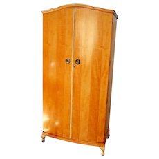 Vintage Heirloom Brand Maple Wardrobe Closet Shelf hangar Double locking doors