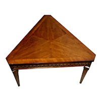 Vintage Lane Alta vista Triangle Table Walnut Hard to find pyramid shape