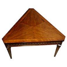 Vintage Lane Alta vista Triangle Table Walnut Hard to find pyramid shape