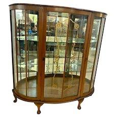 Art Deco Curio China cabinet Locking door Mirror shelves Italian design