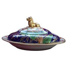 English Porcelain Vegetable Tureen and Cover circa 1800 with Gilded Lion Knop and Hand-painted Flower Specimens