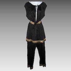 Women's Size Large Black Pajamas Pillow Top Tab Pants Metallic Gold Trim Plunging Neck Pajamas Set Lingerie