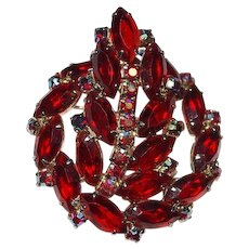 Juliana Brooch Red Rhinestones Dimensional DeLizza Elster