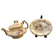 Beautiful Royal Devon Blush Teapot & Lid with Gilt