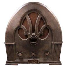 1980's Windsor Radio Am/FM Made To Look Like 1932 Windor Cathedral Radio