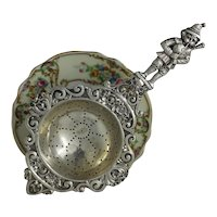 Art Deco Era 800 Silver Tea Strainer With Adorable Peter Piper Character Handle