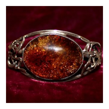 Stunning Art Nouveau Amber and 800 Silver Bracelet Vibrant Honey Hue Cabochon, Jugendstil Beauty