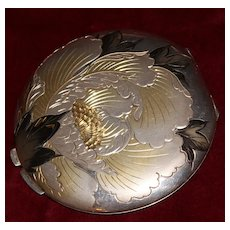 Vintage Japanese 950 Sterling Silver Flower Engraved Gold and Enameled Compact