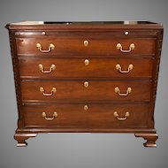 Antique 19th Century English George III Bachelors Chest of Drawers