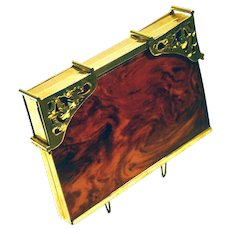 1930's Genuine bakelite (tested) vanity case