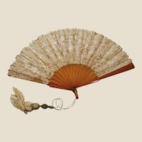 Spectacular cotton lace & faux shell fan
