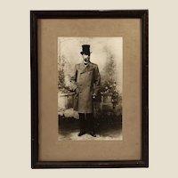 Big Ca. 1890 handwritten Witcomb's photo portrait of Dr. Carlos Pellegrini
