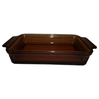 Anchor Hocking Fire King 1 1/2 qt. Ribbed Casserole (1441)