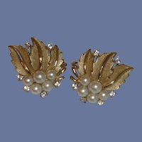 Trifari Clip on Faux Pearl and Rhinestone Gold Tone Earring