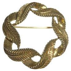 Gold Tone Leaf Round Pin