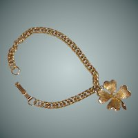 Gold Tone 4 Leaf Clover Bracelet with Faux Pearl