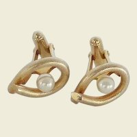 Gold Tone Faux Pearl in Open Cuff Links Cufflinks
