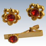Large Gold Tone Red Rhinestone Flower Cuff Links Cufflinks
