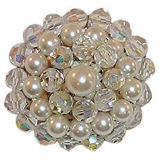 Round Like Pearl and Rhinestone Crystal Beaded Pin Brooch