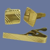 Gold Tone Square Cuff Links Cufflinks with Tie Bar